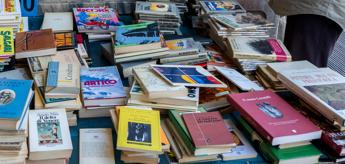 Non mettete i libri in microonde, appello bibliotecari Usa