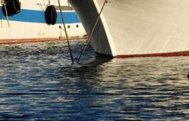 "Pescherecci Mazara, ""presi a sassate e speronati da barche turche"""