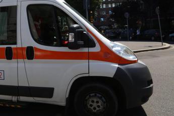 Incidenti sul lavoro: cade da impalcatura cantiere in Brianza, grave muratore