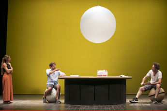 Teatro: al cortile Platamone di Catania in scena 'La pacchiona' versione siciliana di 'Fat Pig'