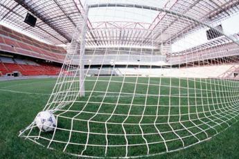 Calcio, Cts verso ok a impianti con capienza al 75% all'aperto