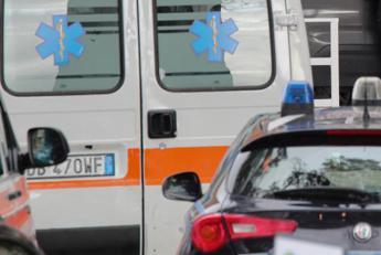 Travolto dal suo autocarro, morto camionista nel Palermitano